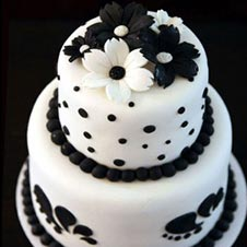 Black and White Retro Cake