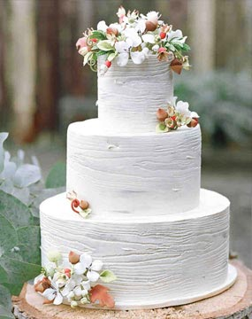 Charming Rustic Wedding Cake