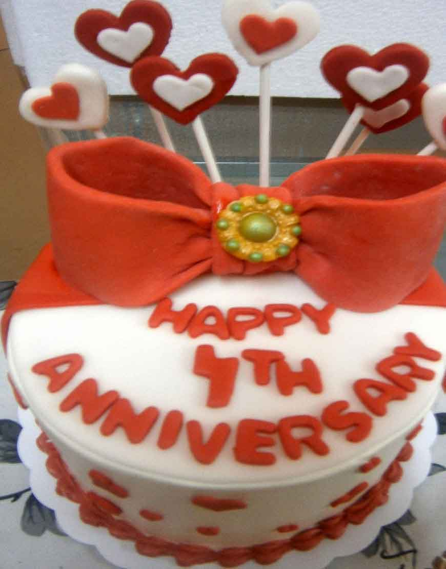 Heart and Boe Anniversary Cake