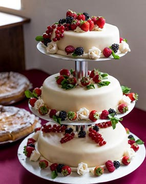 Summer Berry Medley Wedding Cake