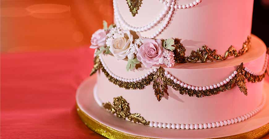 order-wedding-cakes-in-gurgaon